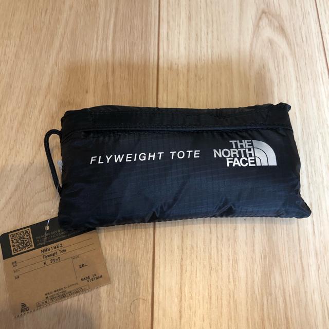 THE NORTH FACE(ザノースフェイス)のTHE NORTH FACE FLYWEIGHT TOTE フライウェイトトート メンズのバッグ(トートバッグ)の商品写真