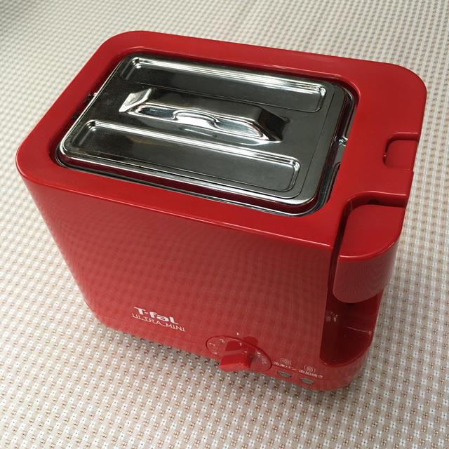T-fal(ティファール)のT-fal ULTRA MINI (冷凍パン焼き、追加焼き機能付きトースター) スマホ/家電/カメラの調理家電(ホームベーカリー)の商品写真