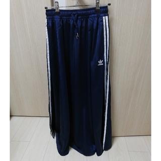 アディダス(adidas)の【中古】adidas スカート サイズS ネイビー(ロングスカート)