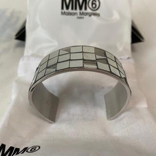 エムエムシックス(MM6)の新品未使用!MM6 マルジェラ シルバーバングル(M,L)(ブレスレット/バングル)