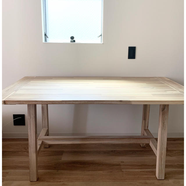 unico(ウニコ)のunico MANOA(マノア) ダイニングテーブル W1400 インテリア/住まい/日用品の机/テーブル(ダイニングテーブル)の商品写真