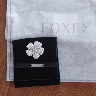 FOXEY - 美品♪FOXEY♪お花型ブローチ