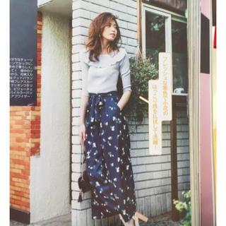 マジェスティックレゴン(MAJESTIC LEGON)の小花柄パンツ♡雑誌掲載(カジュアルパンツ)