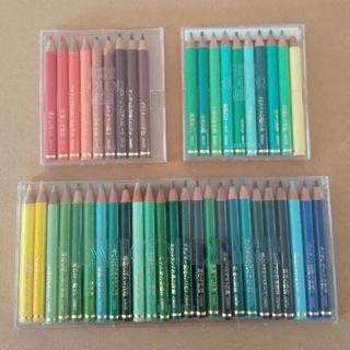 フェリシモ(FELISSIMO)のフェリシモ カラーミュージアム 色えんぴつ 44本(色鉛筆)
