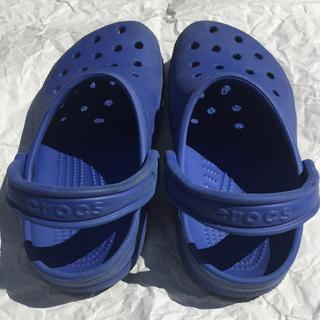 クロックス(crocs)のクロックス 青 M5 W7(サンダル)