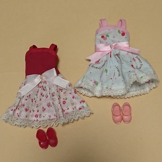 タカラトミー(Takara Tomy)のリカちゃん 人形用 ドレス&靴(ぬいぐるみ/人形)