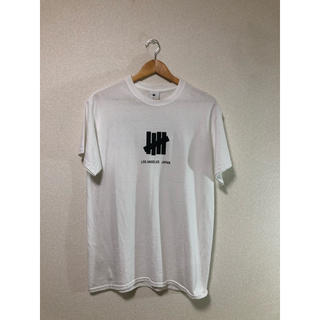 UNDEFEATED - UNDEFEATED tシャツ