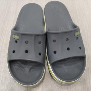 クロックス(crocs)の【中古美品】crocs 26cm バヤバンドスライド(サンダル)