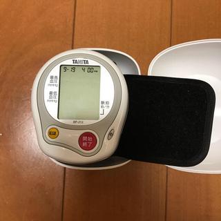 タニタ(TANITA)の美品☆タニタ 手首血圧計  (その他)