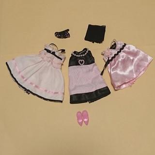 タカラトミー(Takara Tomy)のリカちゃん リカちゃん人形用ドレス パンプス ヘアピン ショールのセット(ぬいぐるみ/人形)