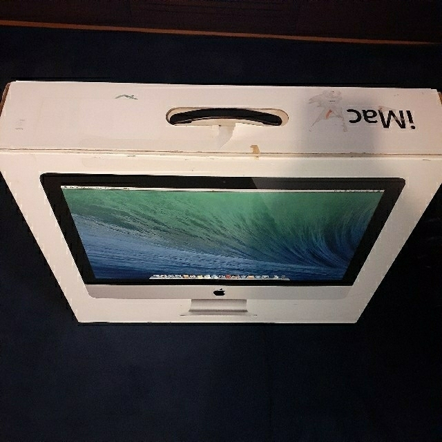 Apple(アップル)のiMac 2013 Late 21.5インチ(ME086J/A) スマホ/家電/カメラのPC/タブレット(デスクトップ型PC)の商品写真