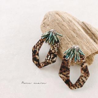 -leopard anemone-(ピアス)