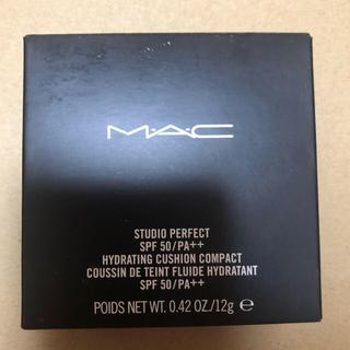 MAC スタジオパーフェクトSPF50ハイドレーティングクッションコンパクト