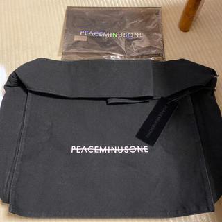 ピースマイナスワン(PEACEMINUSONE)のpeaceminusone ショルダーバッグ 正規品 新品未使用(ショルダーバッグ)
