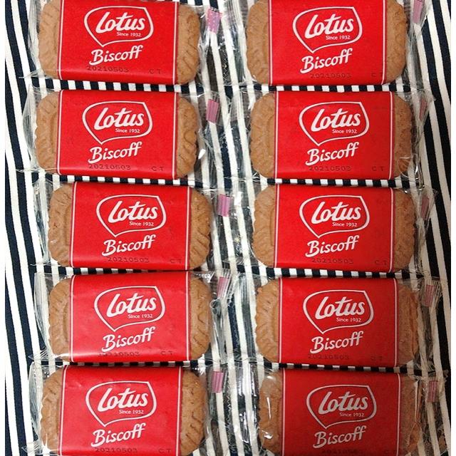 LOTUS(ロータス)のロータス ビスケット10枚 食品/飲料/酒の食品(菓子/デザート)の商品写真