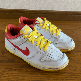 NIKE - Nike NYX Dunk Low GS Ronald McDonald 23