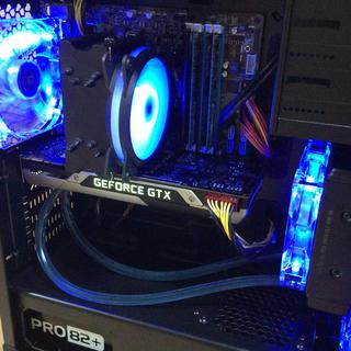 デスクトップ. i7 3770k. 16gb. gtx 780ti 簡易水冷式.