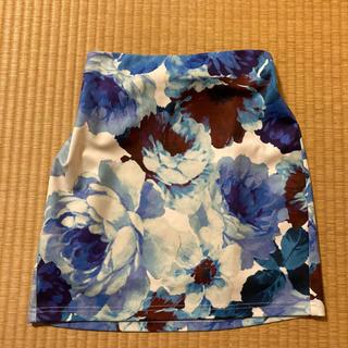 リゼクシー(RESEXXY)のリゼクシー 花柄タイトスカート(ミニスカート)