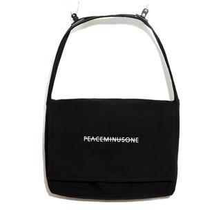 PEACEMINUSONE - PEACEMINUSONE OVERSIZED MESSENGER BAG
