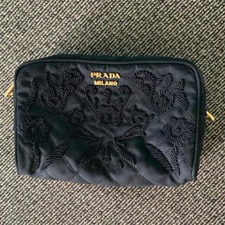 PRADA - PRADA プラダ 刺繍 化粧ポーチ 黒 ブラック 正規店購入