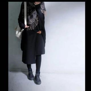アンティカ(antiqua)のアンティカ 絶妙丈で着るエッジィなスカート アシメスカート ブラック 黒(ひざ丈スカート)
