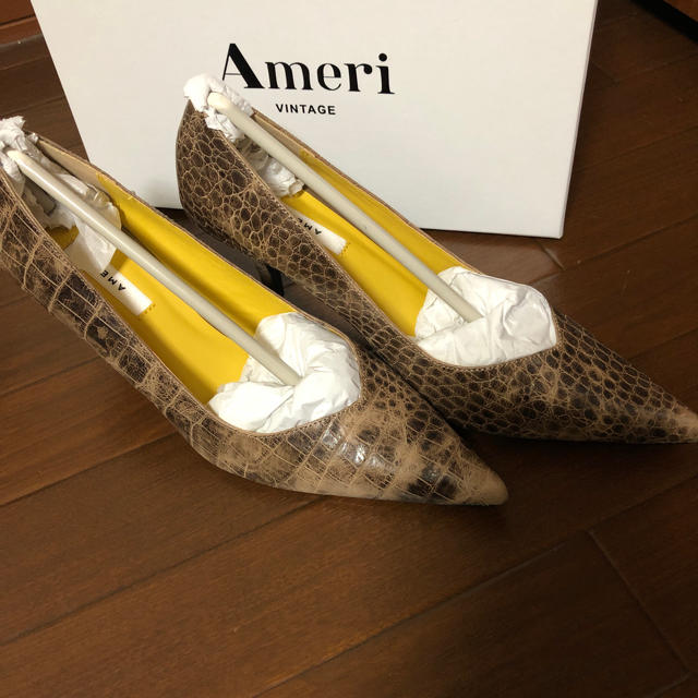 Ameri VINTAGE(アメリヴィンテージ)のAMERI  CROCO BASIC PUMPS レディースの靴/シューズ(ハイヒール/パンプス)の商品写真