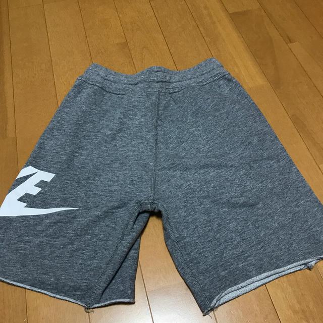 NIKE(ナイキ)のナイキ スエットハーフパンツ キッズ/ベビー/マタニティのキッズ服男の子用(90cm~)(パンツ/スパッツ)の商品写真