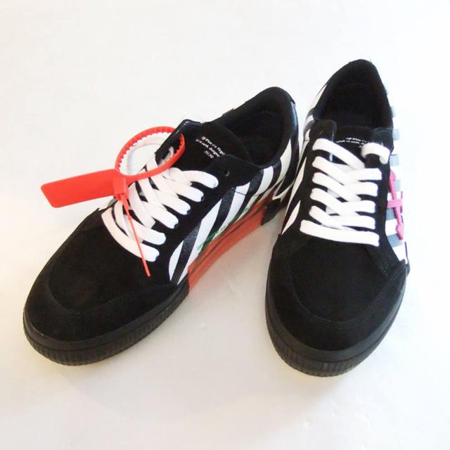 OFF-WHITE(オフホワイト)のオフホワイト OFF-WHITE  DIAG LOW スニーカー メンズの靴/シューズ(スニーカー)の商品写真