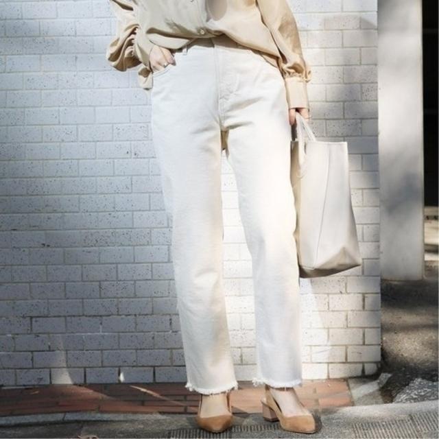 IENA(イエナ)のYANUK デニムパンツ HIGHT WAIST ANNETTE  レディースのパンツ(デニム/ジーンズ)の商品写真