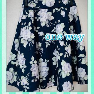 ワンウェイ(one*way)の花柄フレアスカート(ひざ丈スカート)