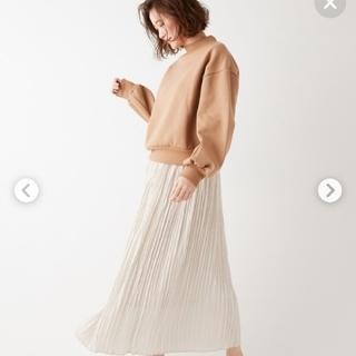 ディスコート(Discoat)の990円クポーンで本日価格サテンプリーツスカート(ロングスカート)