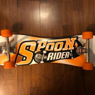 初心者OK スケートボード  SPOON RIDER オレンジ(スケートボード)