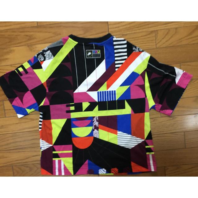 NIKE(ナイキ)の中古ナイキ総柄TシャツMクレイジーNIKE NSW レディースのトップス(Tシャツ(半袖/袖なし))の商品写真