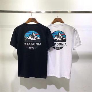 パタゴニア(patagonia)の【夏物値下げ】Patagonia新品 Tシャツ XLサイズ ブラック+ホワイト(Tシャツ/カットソー(半袖/袖なし))