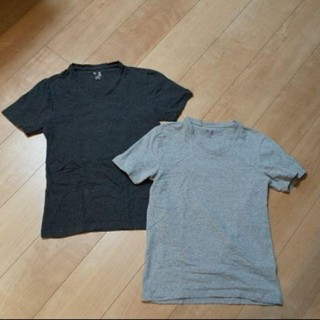 ギャップ(GAP)のGAP VネックTシャツ  灰、濃い灰色 2枚組xxsサイズ(Tシャツ(半袖/袖なし))