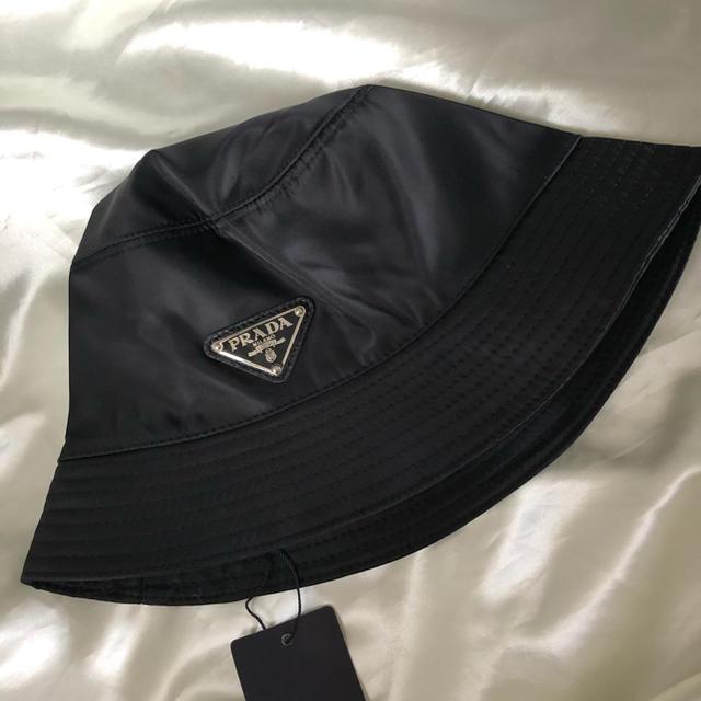 PRADA(プラダ)のPRADA(プラダ)】 ロゴ バケットハット ブラック 黒 帽子 レディースの帽子(ハット)の商品写真