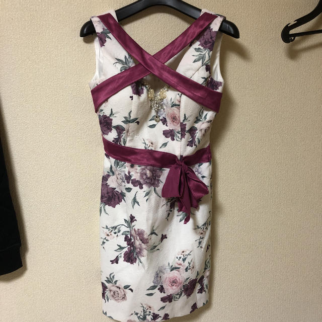an(アン)のan♡花柄ミニドレス レディースのフォーマル/ドレス(ナイトドレス)の商品写真