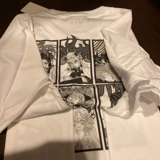 UNIQLO(ユニクロ)のユニクロ 鬼滅の刃 Tシャツ s エンタメ/ホビーのおもちゃ/ぬいぐるみ(キャラクターグッズ)の商品写真