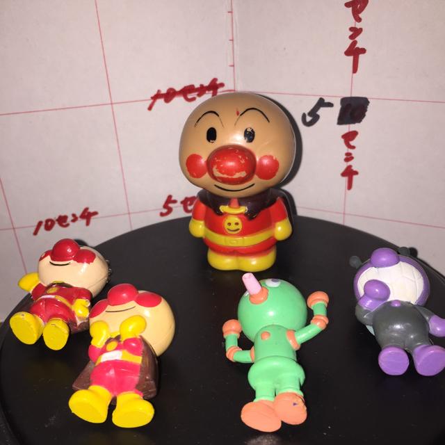 アンパンマン(アンパンマン)のアンパンマン キャラクター  ミニフィギュア  やなせたかし  5個セット  エンタメ/ホビーのおもちゃ/ぬいぐるみ(キャラクターグッズ)の商品写真