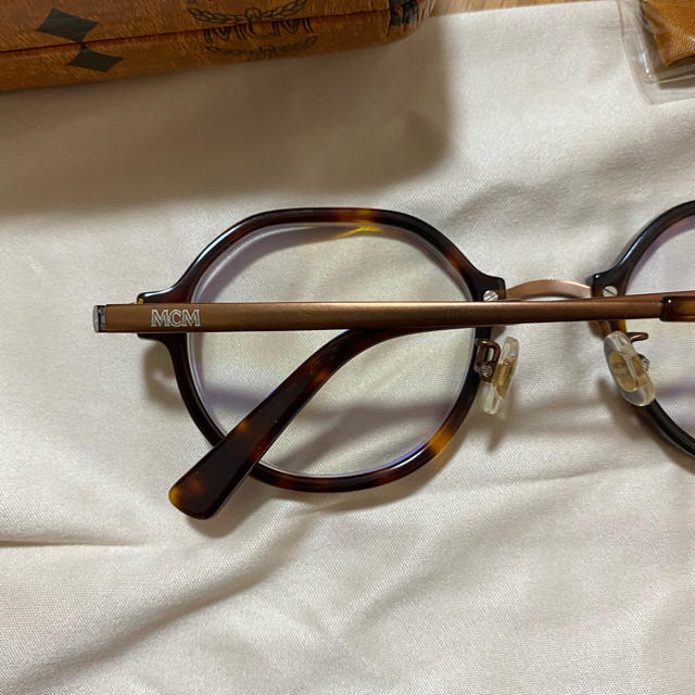 MCM(エムシーエム)のMCM ブラウン眼鏡 Bonbon06様専用 メンズのファッション小物(サングラス/メガネ)の商品写真
