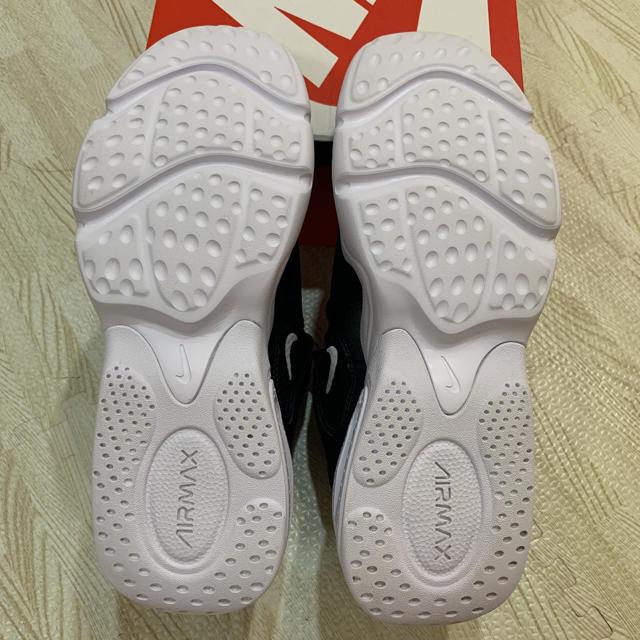 NIKE(ナイキ)のWMNS NIKI AIR MAX 2X レディースの靴/シューズ(スニーカー)の商品写真