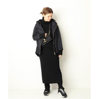 DEUXIEME CLASSE - 完売!!定番ナイロンパーカー、人気色ブラック
