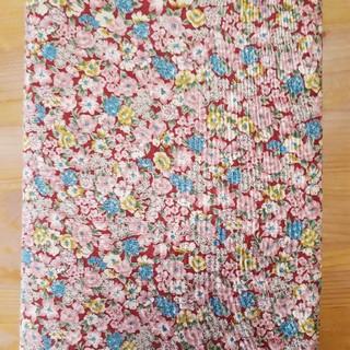 小花柄生地110cm×2m はぎれ パッチワーク 手芸 ハンドメイド素材(生地/糸)