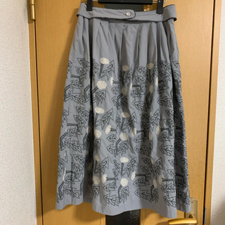 ミナペルホネン(mina perhonen)のミナペルホネン  タンポポ 刺繍 スカート(ロングスカート)