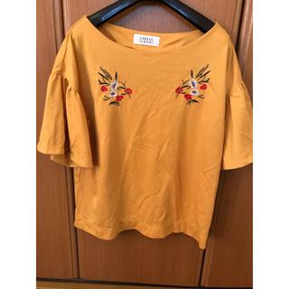 LOWRYS FARM - ローリーズファーム 花柄刺繍Tシャツ