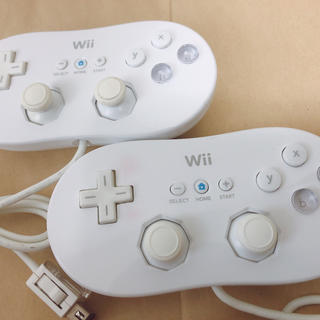 Wii - wiiクラシックコントローラー シロ 2個
