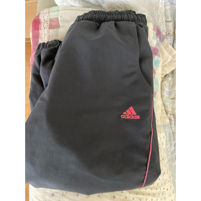 adidas(アディダス)のadidas半パンツ レディースのパンツ(ハーフパンツ)の商品写真
