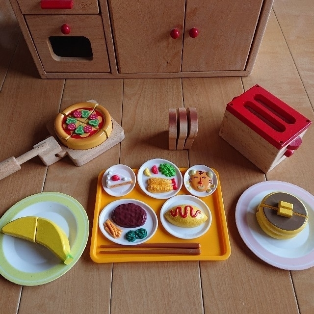 【木製おもちゃのだいわ】おままごと キッチン  キッズ/ベビー/マタニティのおもちゃ(知育玩具)の商品写真