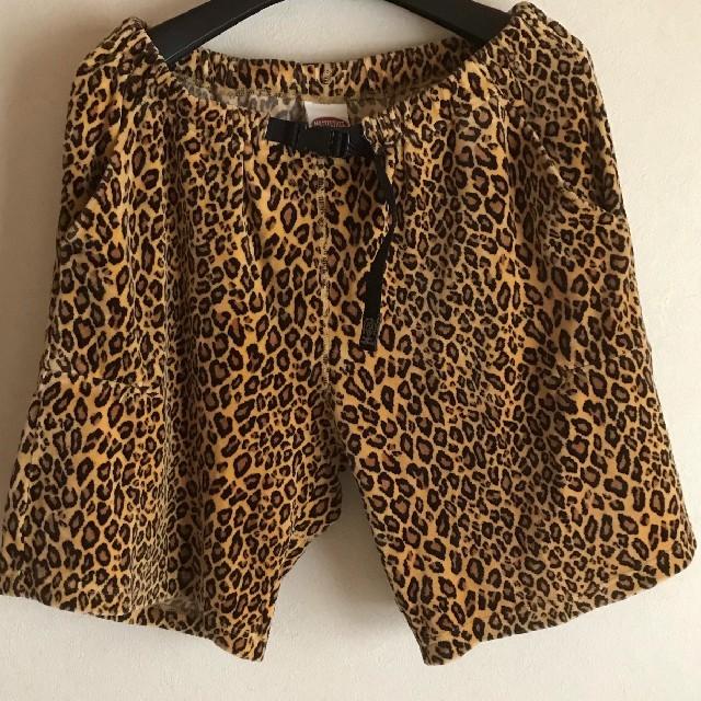 本日お値下げ MASTERPIECE  豹柄ハーフパンツ Lサイズ メンズのパンツ(ショートパンツ)の商品写真