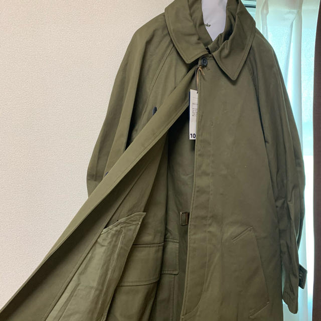 kolor(カラー)の【20AW】Kolor アシンメトリー タイロッケンコート ステンカラー カーキ メンズのジャケット/アウター(ステンカラーコート)の商品写真
